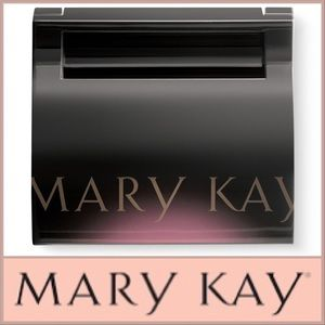 NWOT Mary Kay Compact (Unfilled)